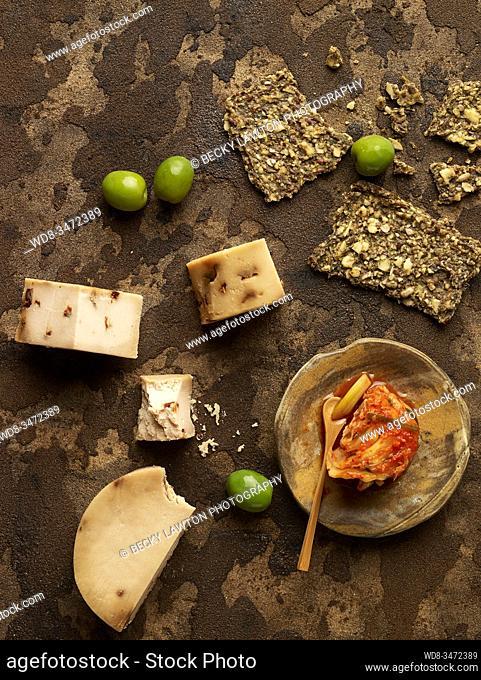 bodegón de quesos / cheese still life