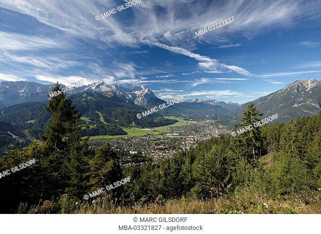 Germany, Bavaria, Werdenfelser Land (region), Garmisch-Partenkirchen, panoramic view of the Wank, summer