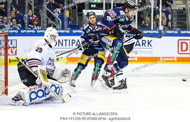 06 December 2019, Berlin: Ice hockey: DEL, Eisbären Berlin - Kölner Haie, main round, 24th matchday, Mercedes-Benz Arena