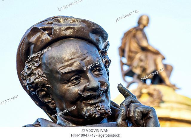 England, Warwickshire, Stratford-upon-Avon, Bancroft Gardens, Gower Memorial, Falstaff Statue