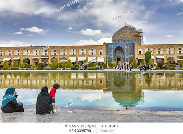 Sheikh Lotfollah Mosque, Naghsh-e Jahan Square, Isfahan, Isfahan Province, Iran