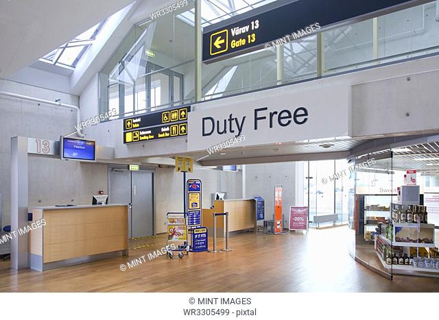 Duty free sign in empty airport
