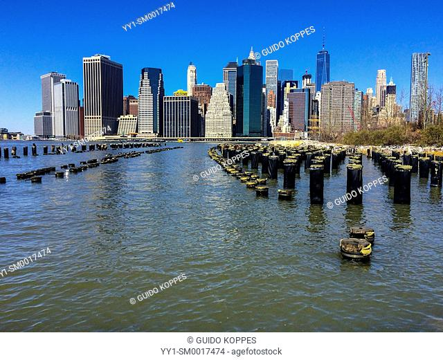 New York City, USA. View on the skyline of Manhattan from Brooklyn Bridge Park