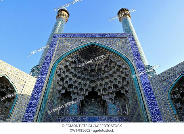 entrance Iwan of Shah or Imam, Emam Mosque at Meidan-e Emam, Naqsh-e Jahan, Imam Square, UNESCO World Heritage Site, Esfahan, Isfahan, Iran, Persia, Asia