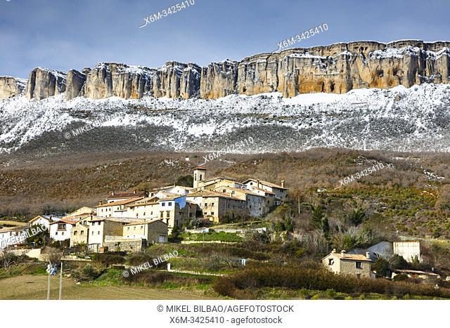 Aramendia village and Loquiz Sierra. Navarre, Spain, Europe