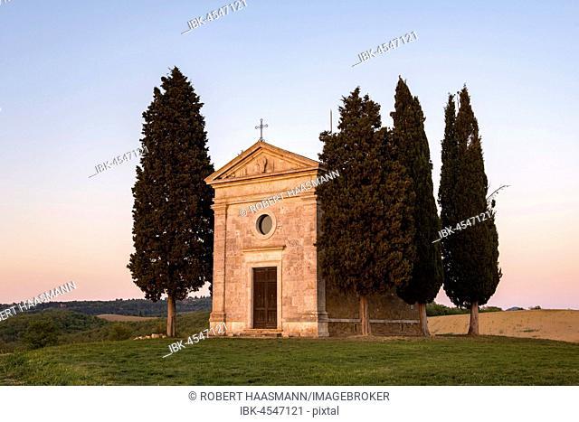 Cappella della Madonna di Vitaleta, chapel in the evening, Val d'Orcia, Tuscany, Italy
