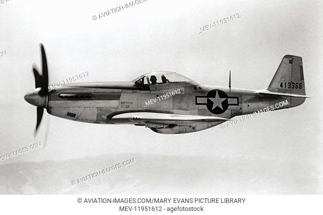 US Army Airforce North American P-51D Mustang Flying Enroute
