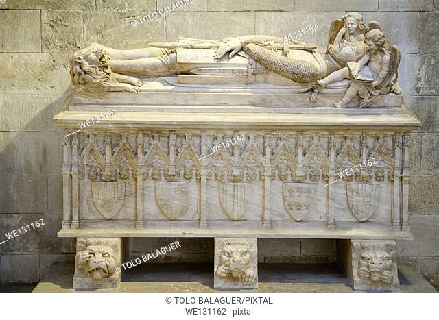Tomb of Jaume III of Majorca (work by Catalan sculptor Frederic Mares), Mausoleum of the Kings of Majorca, Capella de la Trinitat, Cathedral of Palma