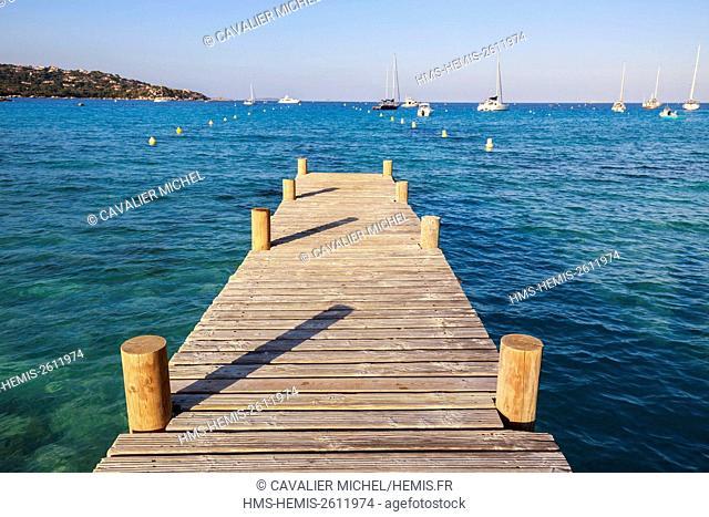 France, Corse du Sud, Porto Vecchio, wooden pontoon in the gulf of Santa Giula