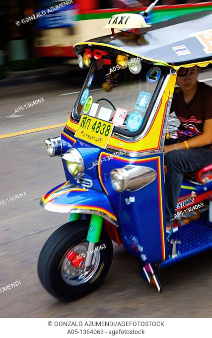Traffic in Bangkok, Tuk Tuk o Rickshaw, Thailand, Southeast Asia