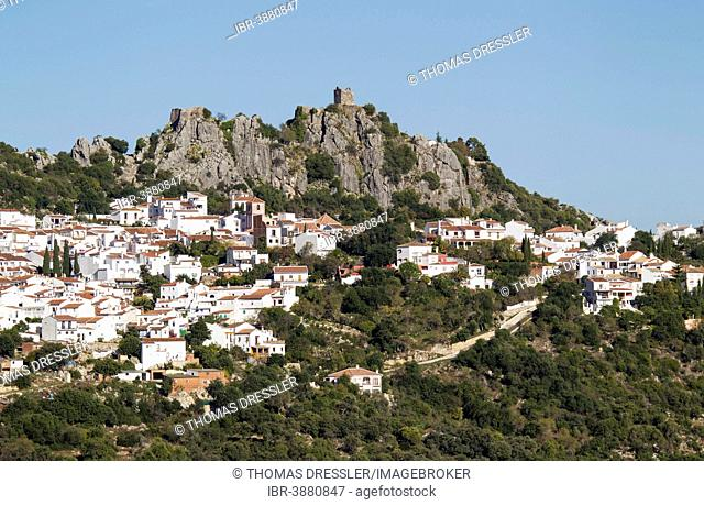 The White Town of Gaucín below a Moorish fort, Málaga province, Andalusia, Spain