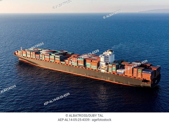 Contatiners Ship