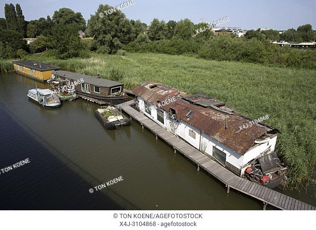 houseboat in Amsterdam North