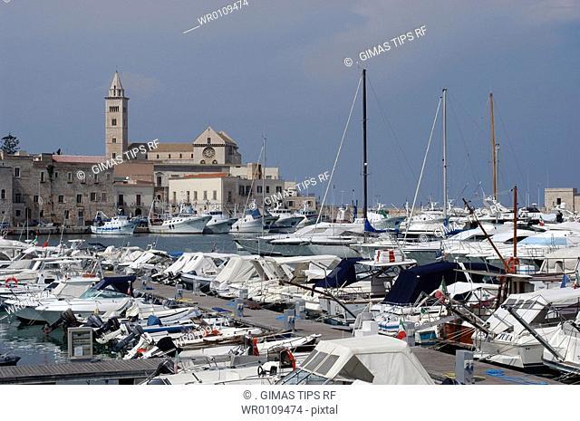Italy, Apulia, Trani harbour