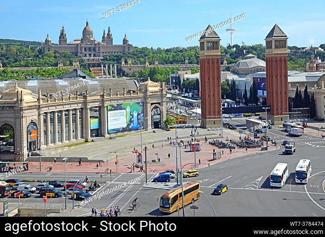 Traffic in the Placa d 'Espana, from above