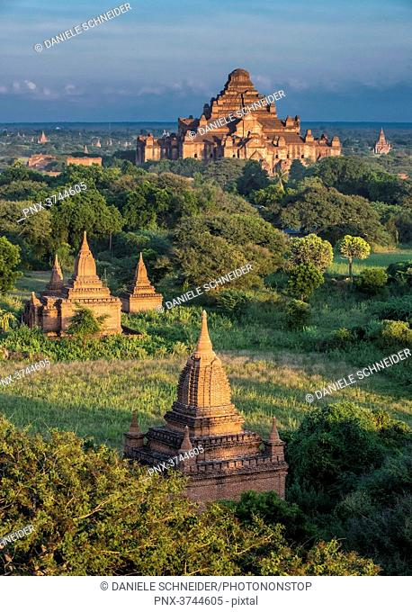 Myanmar, Mandalay area, Bagan archaeological site, view from the temple Shwe San Daw, temple Dhammayan Gyi in the background