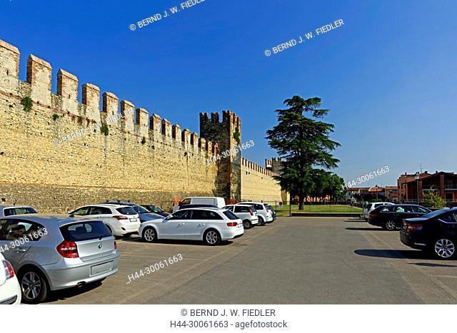 Europe, Italy, Veneto Veneto, Soave, via Mere, town wall, plants, historically, wall, museum, place of interest, tourism, architecture, trees, towers, street