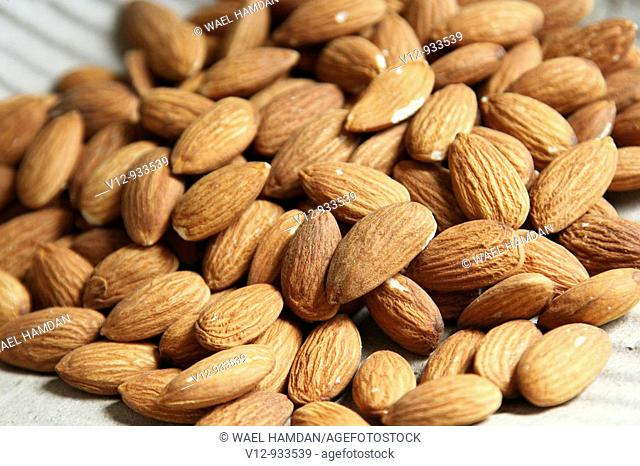 Dry fruit, whole Almonds nuts