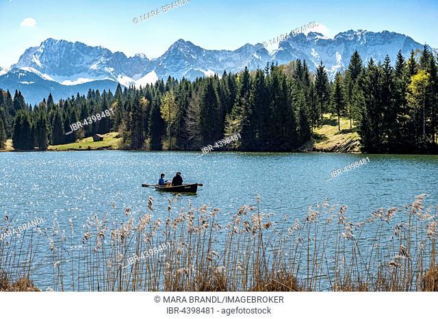Rowboat on the Geroldsee, Wagenbrüchsee, Northern Karwendelkette, Werdenfelser Land, Upper Bavaria, Bavaria, Germany
