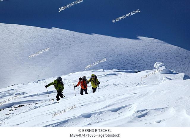 Mountaineer on mountain tour at Piz Buin, Silvretta, Vorarlberg, Austria