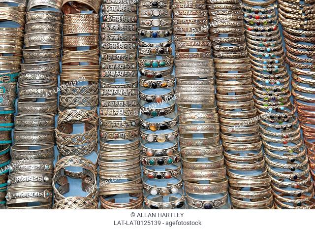 Kathmandu city has markets and street stalls offering a wide vartiety of traditional and hand crafted goods, such as metal jewellery