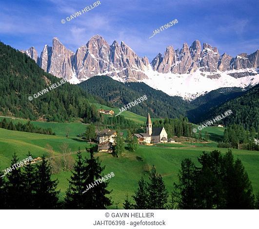 Italy, Alto Adige, Dolomites, Old Geisler Group, St  Magdalena church