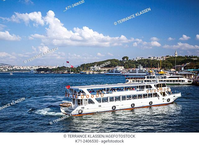 Passenger ferry and water taxis in the Golden Horn waterway in Istanbul, Turkey, Eurasia