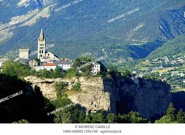 France, Hautes Alpes, Embrun, Tour Brune (13th century) and Notre Dame du Real Embrun (12th and 13th century) historical monuments
