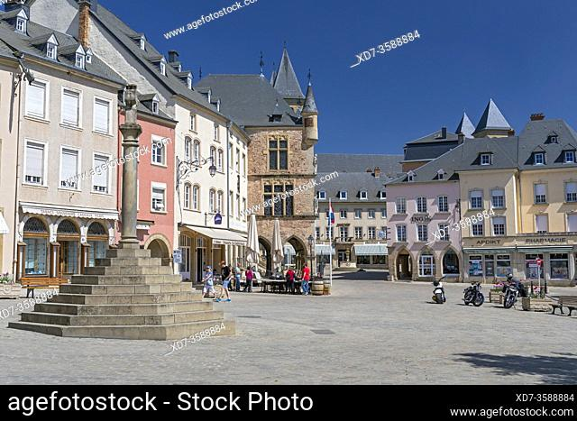Europe, Luxembourg, Echternach, Place du Marche with the Cross of Justice and historic Courthouse beyond