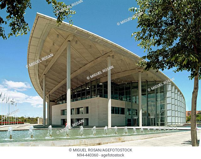 Palacio de Congresos (Convention Center), by Norman Foster, 1994-1998. Valencia. Comunidad Valenciana. Spain