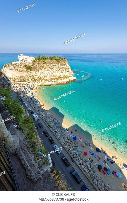 Tropea, Province of Vibo Valentia, Calabria, Italy. The famous view from Villetta di Liano towards the Santa Maria dell'Isola