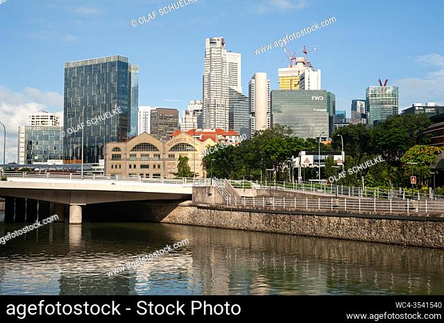 Singapore, Republic of Singapore, Asia - Cityscape with the Singapore River at Robertson Quay and the skyscrapers of the central business district in the...