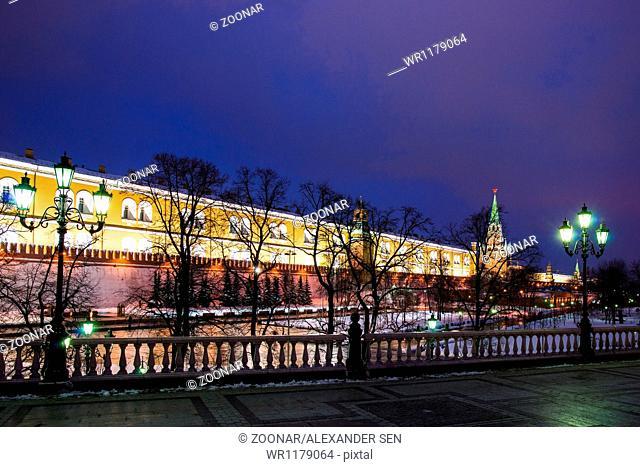 Alexander Garden Of Moscow Kremlin In Wintertime