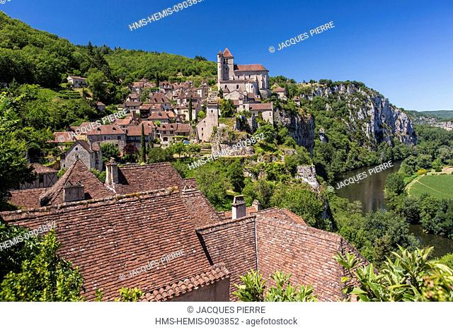 France, Lot, Saint Cirq Lapopie, labelled Les Plus Beaux Villages de France (The Most Beautiful Villages of France)