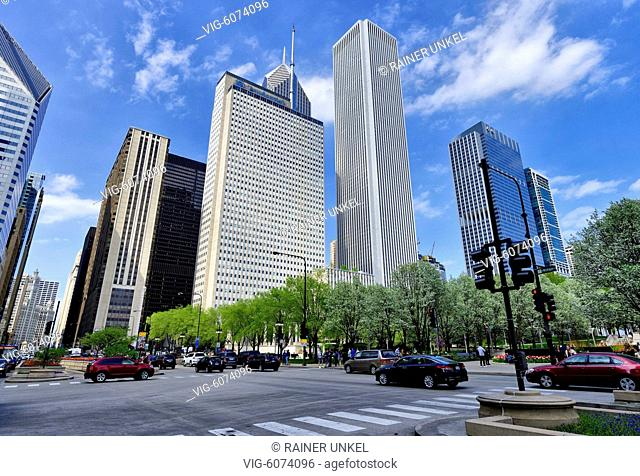 USA : Skyscrapers in Chicago , 10.05.2018 - Chicago, Illinois, USA, 10/05/2018