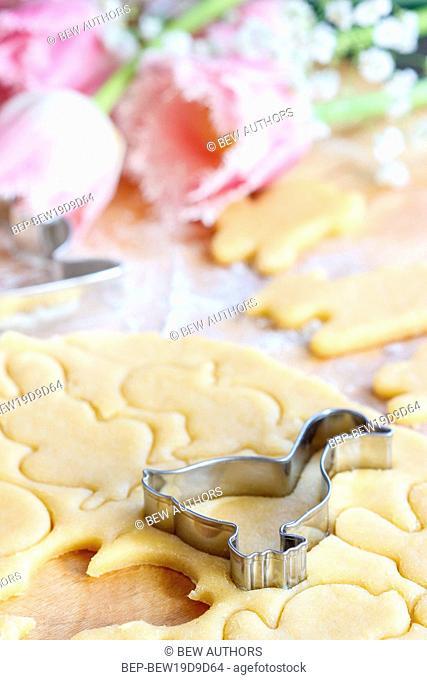 Easter gingerbread cookies. Making of