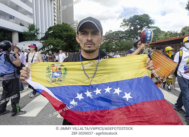 Group of Venezuelans in the march called by the Venezuelan opposition to the National Assembly. Caracas. August, 4, . 2017