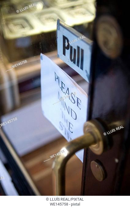 """""""Pull"""" and """"Please mind the step"""" in door. England"""