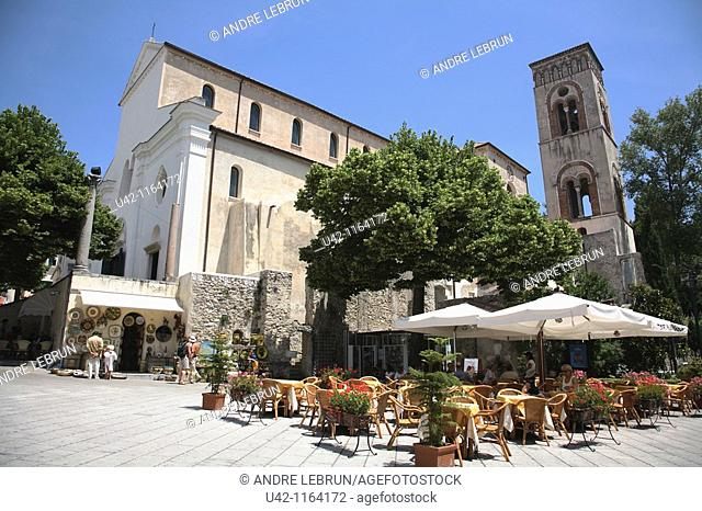 Cathedral and cafe in Piazza Duomo in Ravello
