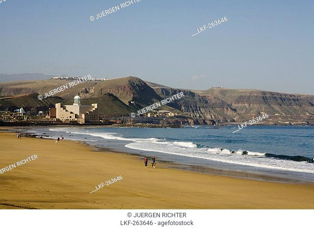View over beach at congressional palace and concert hall, Playa de las Canteras, Las Palmas de Gran Canaria, Gran Canaria, Canary Islands, Spain, Europe