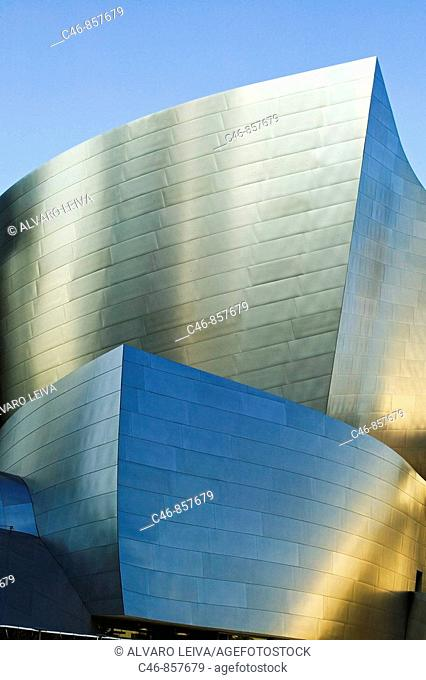 Walt Disney Concert Hall (2004) by architect Frank Gehry in downtown Los Angeles, California, USA