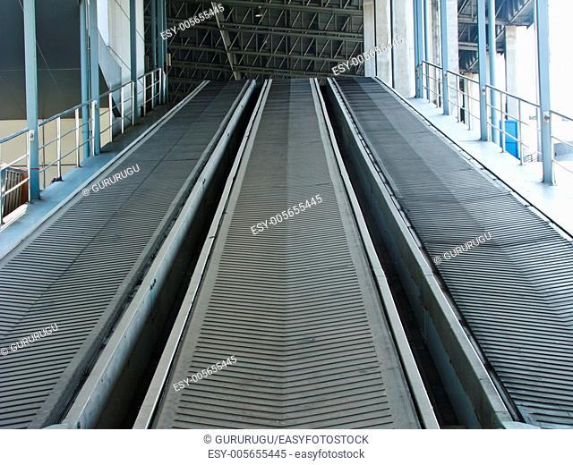 Rubber industrial conveyer