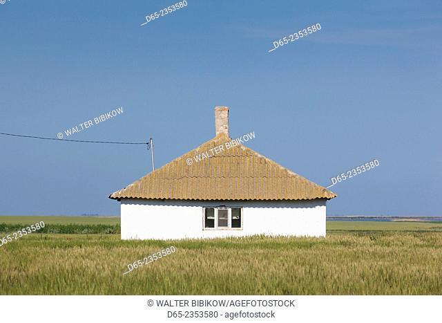 Romania, Danube River Delta, Salcioara, farmhouse