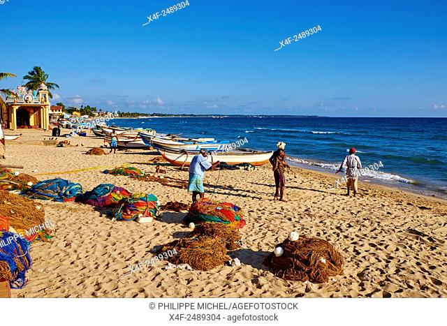 Sri Lanka, Ceylon, Eastern Province, East Coast, Trincomalee, fishing village