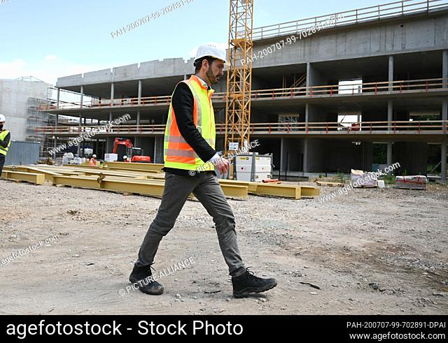 07 July 2020, Hessen, Frankfurt/Main: Friedrich Curtius, DFB General Secretary, takes part in a tour of the construction site of the new Academy of the German...
