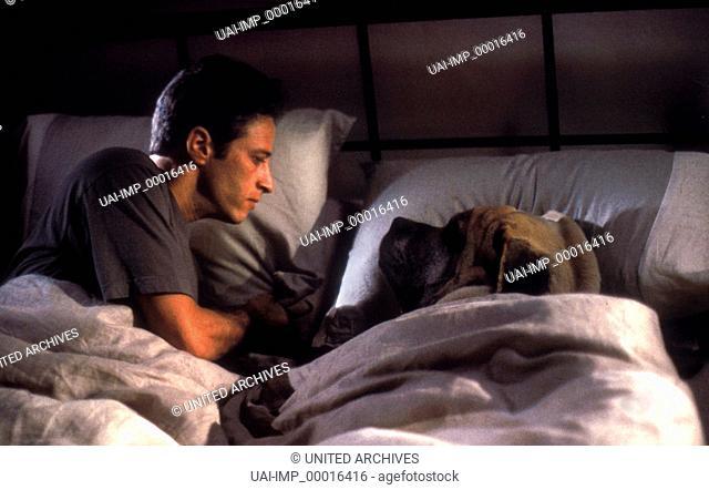 Leben und Lieben in L.A., (PLAYING BY HEART) GB-USA 1998, Regie: Willard Carroll, JON STEWART, Stichwort: Hund, Bett