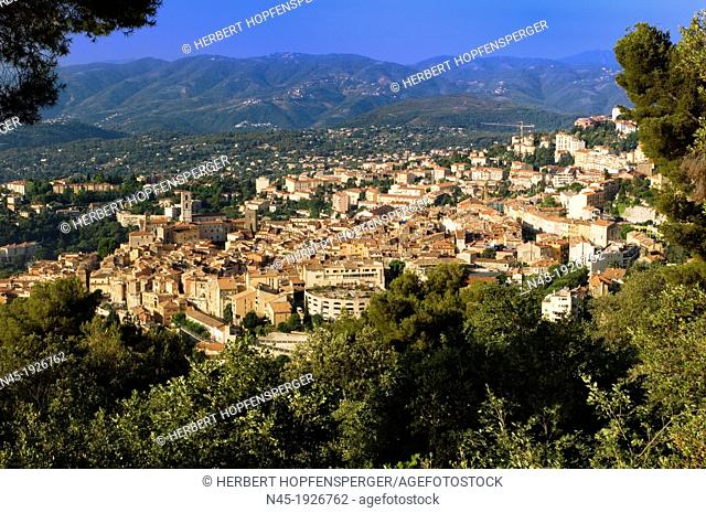 Grasse; over view of Grasse; Village; Village of handmade Perfume; Provence; France