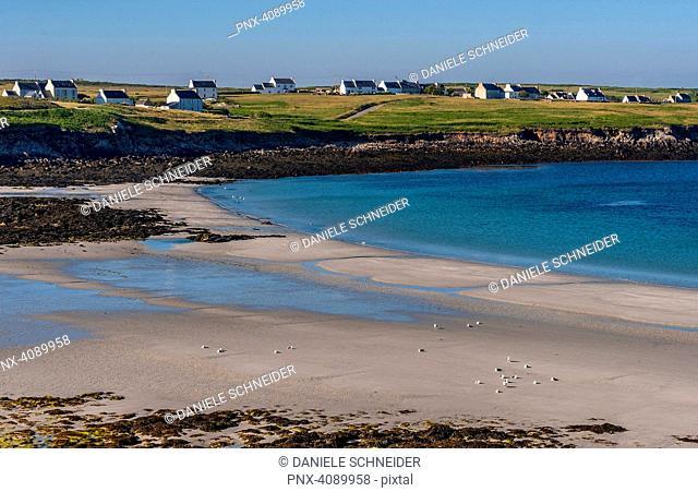 France, Brittany, Ile d'Ouessant, Korz beach on the Baie de Lampaul, south coast