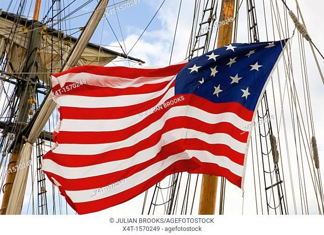 A fifteen star version of the American flag, flown on a tallship