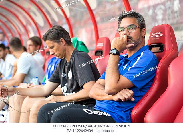 David WAGNER (right, coach, GE) is sitting on the bench, sitting, half figure, half figure, football, friendly match, FC Twente Enschede (Twente) - FC Schalke...